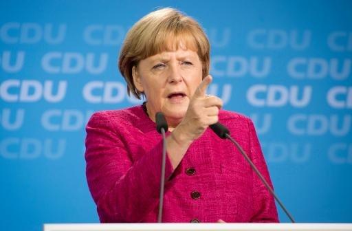 """Merkel: """"la Grèce n'aurait jamais dû être admise dans la zone euro"""""""
