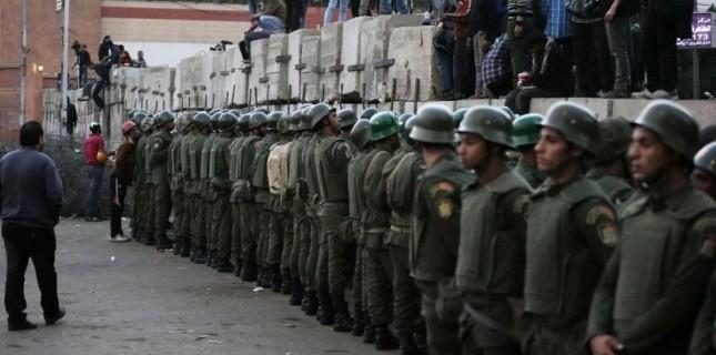 EGYPTE. Morsi donne des pouvoirs de police à l'armée