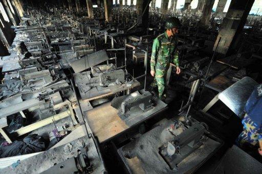 Bangladesh: au moins 110 morts dans l'incendie d'une usine de confection