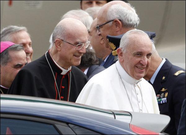 Le No 2 du Vatican remercié par le pape