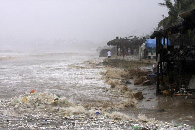 Le Mexique pris entre deux cyclones