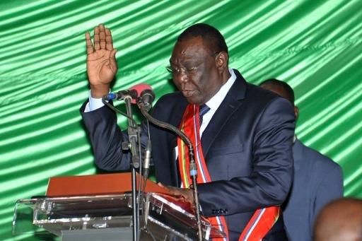 Bangui: les décorations du président étaient du toc