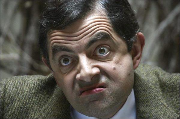 Mr Bean fait commandeur par la reine