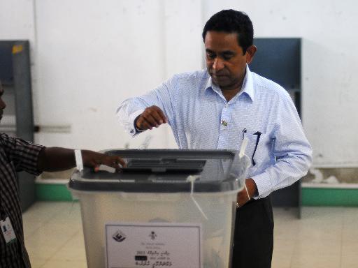 Maldives: Abdulla Yameen remporte la présidentielle en battant le favori