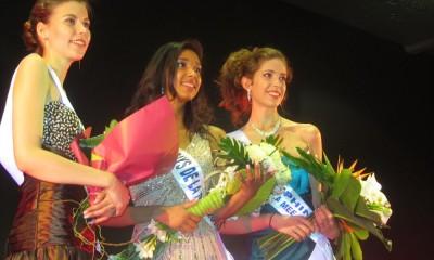 1re dauphine : Angélina Fraslin, Miss Pays de la Mée : Marine François, 2e dauphine : Amélie Boulay / Photo : HGOAH